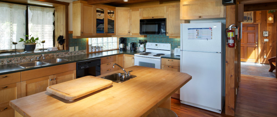 Kitchen at Ch-ahayis Beach House in Tofino